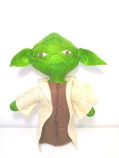 Mestre Yoda feito por julia doya