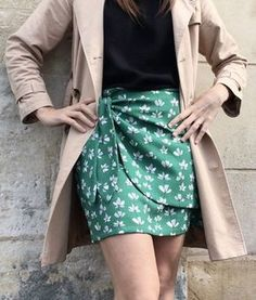 Tuto couture In a few minutes I teach you on video how to sew Casual Summer Dresses, Trendy Dresses, Couture Sewing, Chiffon Fabric, Vintage Dresses, Fashion Design, Clothes, Skirt Sewing, Skirt Tutorial