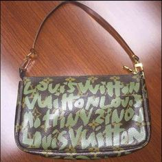 Louis Vuitton Graffiti Pochette Hi dolls ! Authentic Louis Vuitton Graffiti Pochette Date code: AR0041 (France,April 2001) Color: Khaki green. This pochette is in great condition, the inside is near perfect with no signs on stains. The strap has changed colors due to the age of the item , however, it can be replaced through LV directly , I personally do not mind the darker look. The canvas itself is in really good condition . If additional pictures are needed please feel free to let me know…