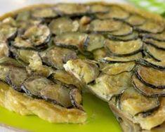 Tarte tatin allégée de courgettes au pesto : http://www.fourchette-et-bikini.fr/recettes/recettes-minceur/tarte-tatin-allegee-de-courgettes-au-pesto.html