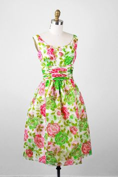 1950s dress / 50s roses dress / Pink, White, and Green Floral Roses Cocktail Dress