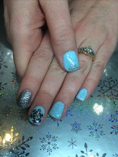 Snowflake winter gel nail designs