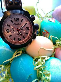 Look at what Mr Bunny brought in this morning! Have a very Happy Easter! ⌚ #uigwatch #largegermanwatches #bigwatch #engelhardt #engelhardtwatches #sundayfunday #germanway #happyeaster #happy #easter #germany #watch #watchporn #bunny #watchoftheday #mensstyle #mensfashionstyle #menstuff #mensfashion #menstyleguide #montre #montredesign #armbanduhr #uhren #reloj #relojes #orlogi #fashionwatch #weekend #happy www.uigwatch.com