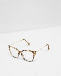 ZARA - WOMAN - CAT'S EYE GLASSES  CAT'S EYE GLASSES DETAILS 499,000 VND