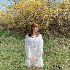 Check out GFriend @ Iomoio Kpop Girl Groups, Korean Girl Groups, Kpop Girls, K Pop, Cloud Dancer, G Friend, Korean Singer, South Korean Girls, My Idol
