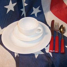 Bright White Dinnerware by Hazel Atlas is a great addition to your July 4th table!