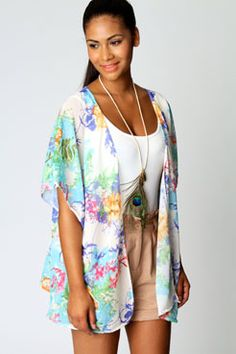 Kelly Oriental Floral Kimono www.boohoo.com  The pastel colours and patterns make for a gorgeous outfit!