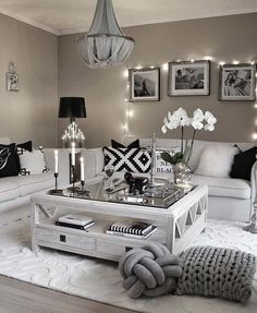 Here are 28 cozy living room decor ideas and everything you need to recreate these cozy living room vibes in your apartment. Here are 28 cozy living room decor ideas and everything you need to recreate these cozy living room vibes in your apartment. Living Room Decor Cozy, Living Room Grey, Home Living Room, Interior Design Living Room, Living Room Designs, Modern Interior, Bedroom Decor, Black White And Grey Living Room, Loving Room Decor