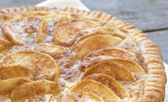 Holiday Apple Custard Pie