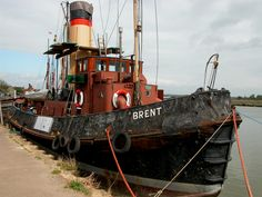 Tug Boat Brent available to download from Tom Curtis Photography.