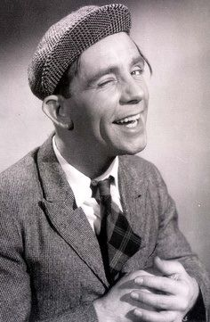 Sir Norman Wisdom English actor, comedian and songwriter. Appeared in a series of comedy films from 1953 to British Comedy, British Actors, British Humour, American Actors, Comedy Actors, Actors & Actresses, Norman Wisdom, Classic Comedies, My Childhood Memories