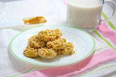 simple healthy microwave pb cookies