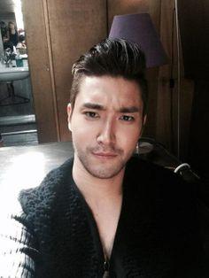 Choi Siwon from Super Junior (SM Entertainment). Leeteuk, Heechul, Donghae, Choi Siwon, Korean Men, Asian Men, Korean Celebrities, Korean Actors, Korean Dramas