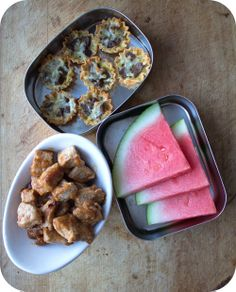 Easy lunch box ideas: steak and cheese mini quiche cups; sweet-and-sour pork; and watermelon. http://www.LunchBoxBlues.com