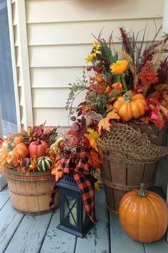 Fall Home Decor, Autumn Home, Farmhouse Front Porches, Porch Decorating, Decorating Ideas, Plein Air, Fall Crafts, Diy Crafts, Seasonal Decor