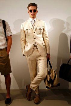 Safari suiting