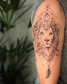 Lion Head Tattoos, Cute Tattoos, Tatoos, Mandala Tattoo, I Tattoo, Tattoo Magazine, Vegan Tattoo, Tattoo Artwork, Tatting