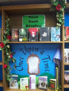 Fairytale Library Display - http://readwhatyouknow.tumblr.com/post/4810465324/my-fairy-tale-display-that-i-did-this-past-month