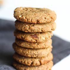 These Peanut Butter Date Cookies are the easiest cookies you'll ever make. They're sugar-free, gluten-free, require just four ingredients, and you don't even need a bowl!  [April 2015] I have been rushing around like a mad woman! But, I have had so much fun preparing for my sisters bridal...
