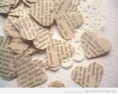 Idea original boda, decorar con corazones de papel llenos letras