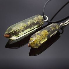 Crystal point pendant. Reclaimed wood and resin pendant. Lichen necklace jewelry. Tree branch in epoxy. Handmade jewelry by WoodAllGood. #WoodAllGood