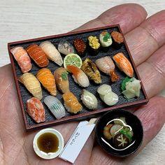 Tiny Food, Fake Food, Asian House, Mini Craft, Mini Things, Miniture Things, Miniature Food, Clay Creations, Japanese Food
