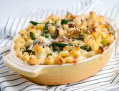Caramelized Onion and Asparagus Mac and Cheese