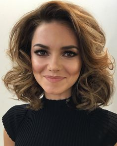 Makeup. Loose Curls. Hair. Kara Tointon.
