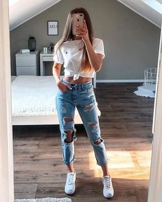 outfits with sweatpants * outfits ` outfits for school ` outfits with leggings ` outfits with air force ones ` outfits aesthetic ` outfits casuales ` outfits for summer ` outfits with sweatpants ` Spring Outfits Classy Summer Outfits, Cute Teen Outfits, Cute Comfy Outfits, Teen Fashion Outfits, Teenager Outfits, Boho Outfits, Stylish Outfits, Spring Outfits For Teen Girls, Cute Outfits With Leggings