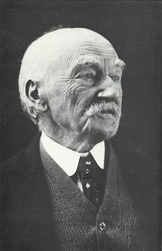 Thomas Hardy in later years