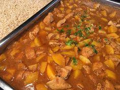 Pilaf met kip, perzik, ketjap en rijst Vegetarian Recepies, Dutch Recipes, Chana Masala, Slow Cooker Recipes, Thai Red Curry, Winter, Make It Simple, Crockpot, Spicy