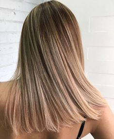 We've got a formula coming your way. Whatever you want to call this color – we are for the roots and mixed a whole a tube of 1032 with a tube of for tonalizating the Featured hair by artist . Balayage Straight Hair, Brown Straight Hair, Balayage Hair, Balayage Highlights, Caramel Highlights, Color Highlights, Bronde Hair, Caramel Balayage, Thick Hair