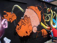 https://flic.kr/p/9B7DHp | ONESTO | Los brasileros, un grupo muy experimentado y con facilidad de trabajo en colaboracion...  En la pieza central de la foto: Onesto  1 dia - Graffiti Meeting Sudamericano 2011 Quito - Ecuador