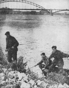 British paratroopers make good their escape across the Rhine after being captured by Germans in the last outpost on Arnhem bridge. Here they joined the British Second Army. All but of troops were wiped out. Troops, Soldiers, Ride Of The Valkyries, British Commandos, Operation Market Garden, Parachute Regiment, Paratrooper, British Army, Pegasus