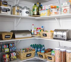 Get organized for less with these cheap and easy DIY kitchen organization ideas. There are a hundred ideas to help you organize every inch of your kitchen! Kitchen Organization Pantry, Home Organization Hacks, Pantry Storage, Kitchen Pantry, Closet Organization, Diy Kitchen, Kitchen Storage, Food Storage, Organized Pantry
