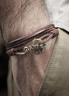 anchor bracelet...want.