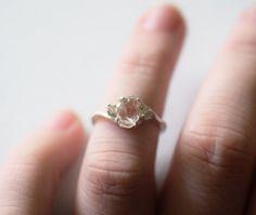 Anillo de compromiso diamante crudo hecho a mano billones