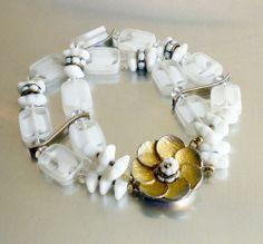 Vintage Alice Caviness Givre Milk Glass Rondelle Flower Bracelet