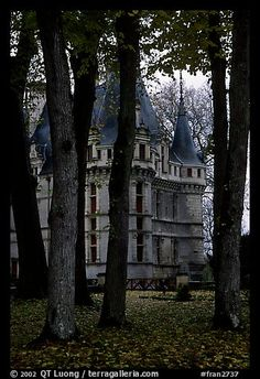 Azay-le-Rideau Chateau, Loire Valley, France this looks so amazing! Like a house in a story book.