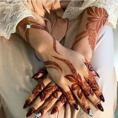 Most Awful Henna Designs For Women - Sensod - Create. Mehndi Designs Finger, Modern Henna Designs, Khafif Mehndi Design, Floral Henna Designs, Arabic Henna Designs, Mehndi Design Pictures, Bridal Henna Designs, Unique Mehndi Designs, Dulhan Mehndi Designs