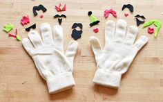 EASY EASY! 10 Totally Awesome DIY Glove Puppets