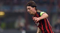 Montolivo fra start mod Inter