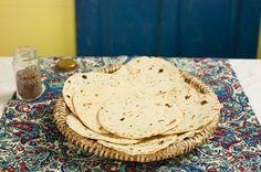 Naan com sementes de cominho (pão indiano) | Panelinha - Receitas que funcionam