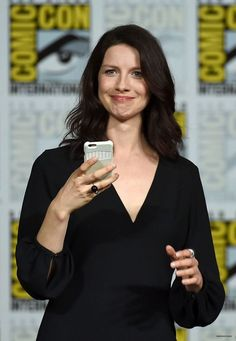 Jul 11   Starz' Outlander Comic-Con Panel - HQ 027 - Caitriona Balfe Fan   caitriona-balfe.com