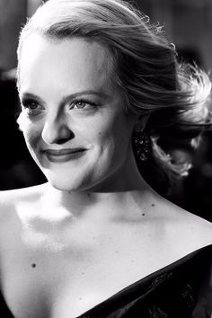 Elisabeth Moss just won an Emmy for starring in The Handmaid's Tale, putting the star firmly in the spotlight. Before this, Elisabeth might have been best Elizabeth Moss, Fat Burning Cardio, Killer Abs, Best Cardio, You Never Know, Exercise For Kids, Losing 10 Pounds, Body Inspiration, For Stars