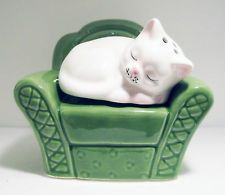 Sleeping Cat Curled up in Chair Salt & Pepper Shaker