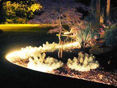 http://cdnb.20m.es/un-hogar-con-mucho-oficio/files/2014/07/Blog_Reparalia_Como_iluminar_jardin_patio_noches_verano_trucos_consejos_ideas_electricistas_profesionales_ahorro_luz_evitar_robos_06.jpg