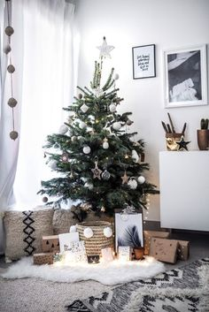 Beautiful And Cute Bohemian Christmas Decoration ~ Home Decoration Inspiration
