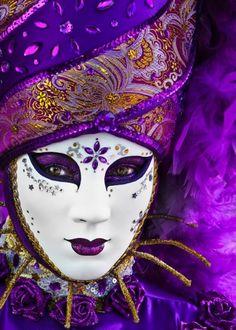 Diamond Painting White and Purple Mask Kit Venetian Carnival Masks, Carnival Of Venice, Venetian Masquerade, Masquerade Masks, Purple Haze, Shades Of Purple, Light Purple, Magenta, Arte Peculiar