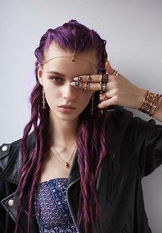 hair girls girl fashion eyes style vintage Grunge lovely dark purple hair style pastel Alternative violet colored hair hair dye dye rings soft grunge necklase accessorise illuminats